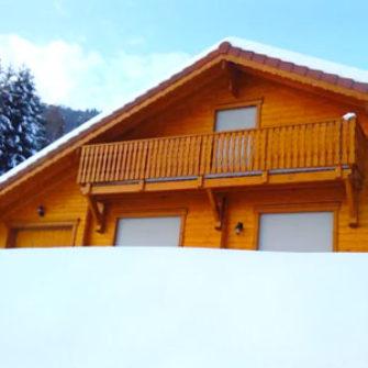 Le Chalet en hiver avec la neige